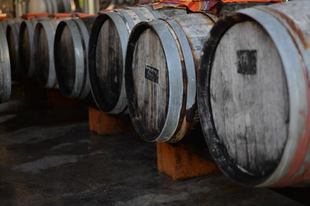 古樽を用いて酢酸発酵
